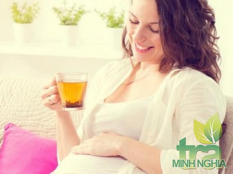 Bà bầu có uống được trà Sơn Mật Hồng Sâm không?